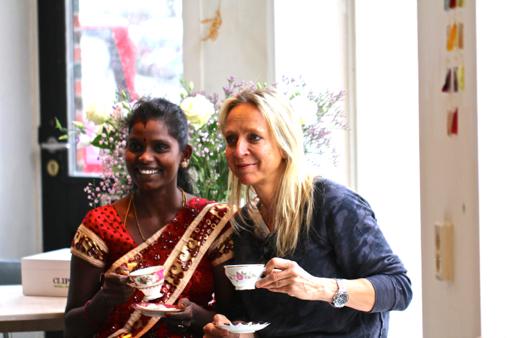 sukurtala, tea picker in ceylon & floortje dessing ambassador of max havelaar